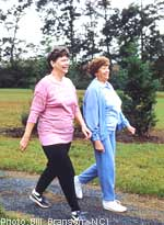 Αλτσχάιμερ, στρες και εγκέφαλος: Οι τεχνικές χαλάρωσης, όπως το περπάτημα, προστατεύουν τον εγκέφαλο
