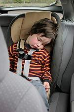 Ποτέ μην αφήνετε ένα παιδί μόνο του σε αυτοκίνητο έστω και για ελάχιστο χρονικό διάστημα.