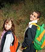 Οι γονείς πρέπει να προετοιμάζουν σωστά τα παιδιά τους για την επιστροφή στο σχολείο.