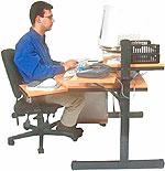 Οθόνες, υπολογιστές και τηλεοράσεις: Η μείωση της συχνότητας του ανοιγοκλείσματος των ματιών στην οθόνη του υπολογιστή ή άλλων συσκευών, κάνει τα μάτια ξηρά.
