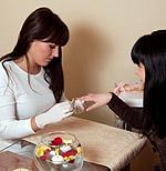 Τα φυσικά και τα τεχνητά ακρυλικά νύχια προφυλάσσονται με την καλή υγιεινή των χεριών.